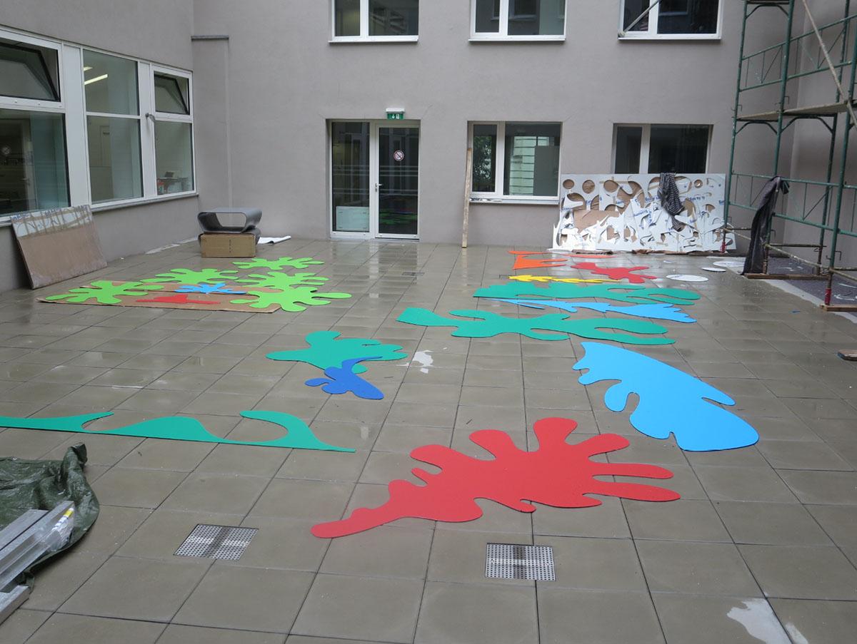 Uni Montage 2006.jpg